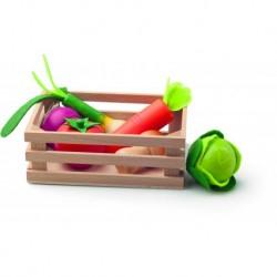 Medinė dėžutė su daržovėmis